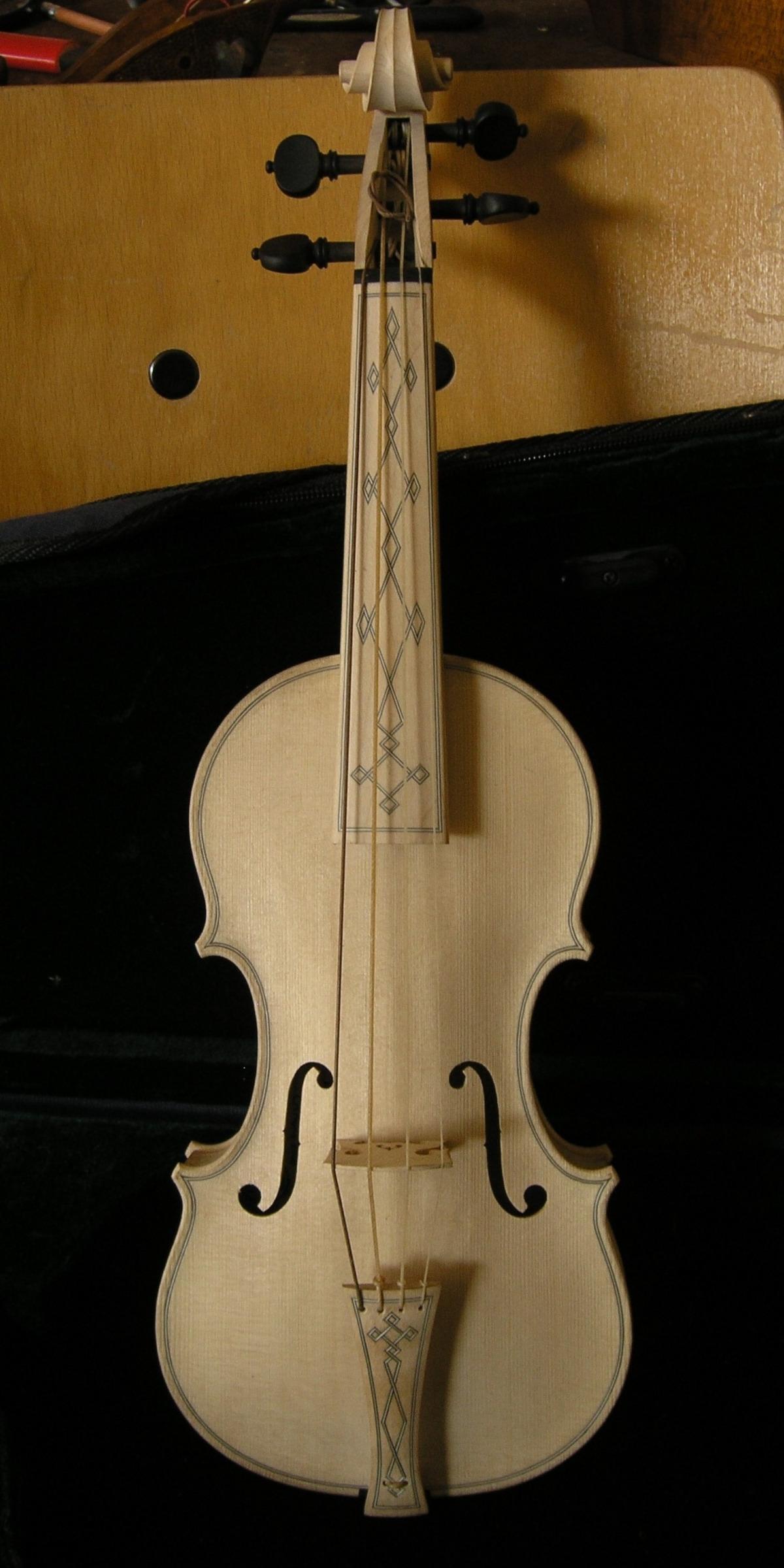 Violin piccolo modelo A. y G. Amati